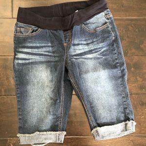 Pants - Maternity Shorts